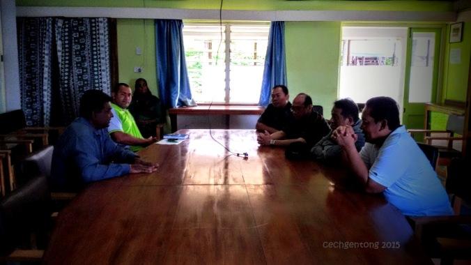 Kepala BNN dan rombongan berdialog dengan Mr Shalendra Prasad dan Staf dari Sigatoka Research Station (dok. Cech)