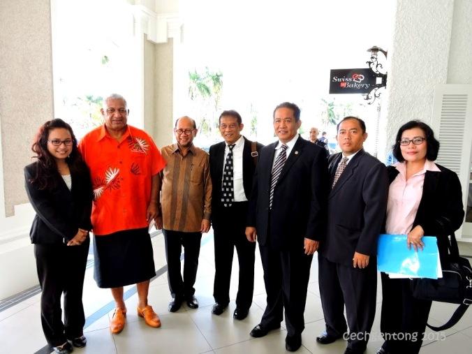 Foto Bersama Kepala BNN dan Delegasi BNN, staf KBRI Suva dengan Perdana Menteri Fiji Voreqe Bainimarama (dok Cech)